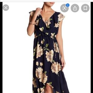 Soprano navy floral dress